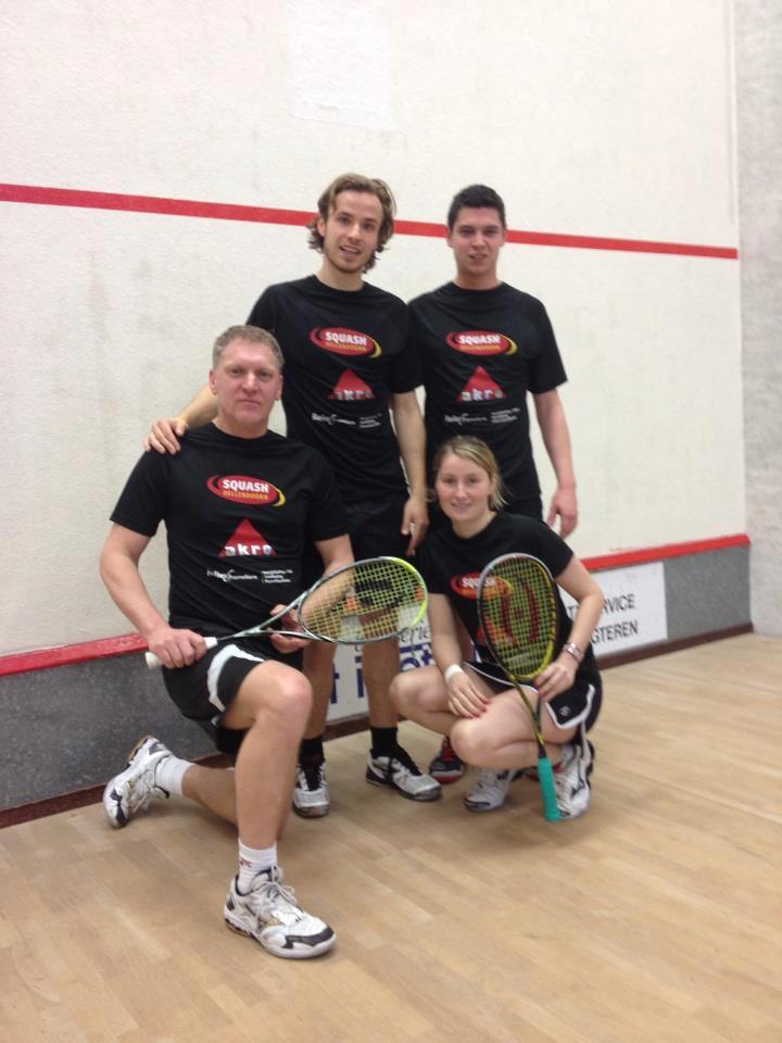 Squash Hellendoorn 1 Kampioen Heren B Oost